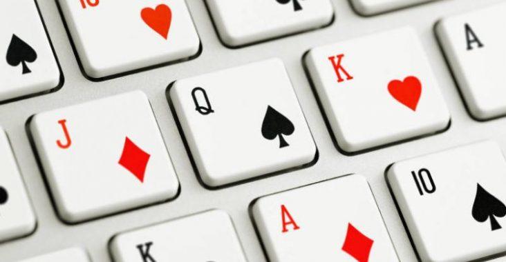 clavier jeux de carte